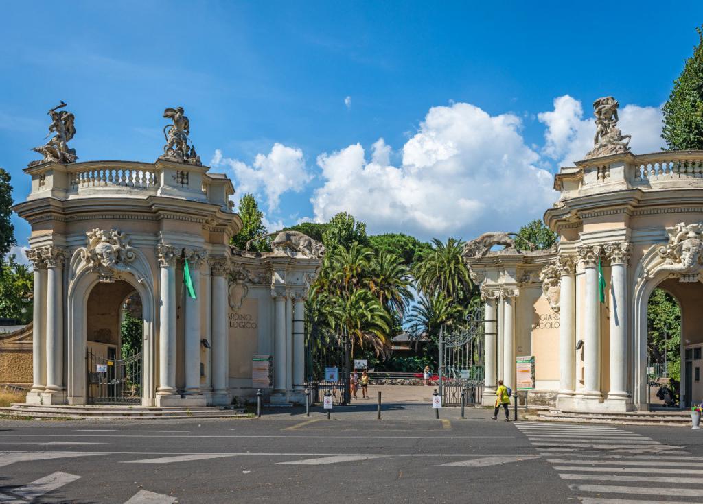 Borghese Park'ında yer alan Roma Hayvanat Bahçesi – Bioparco Girişi