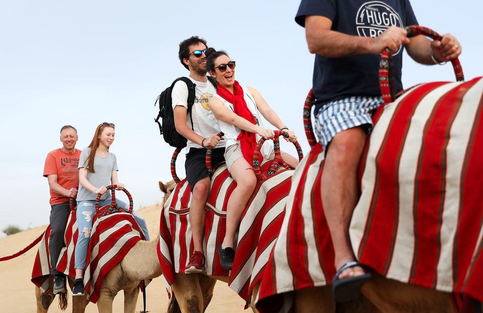 Dubai'de Çöl Safarisi - Deve Safarisi