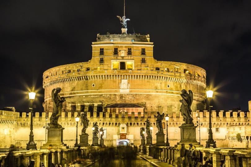 Sant'Angelo Kalesi - Gece - Roma - İtalya