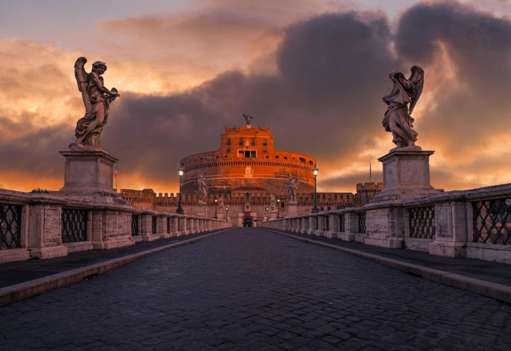 Sant'Angelo Kalesi Köprüsü