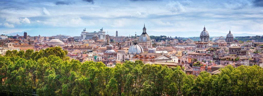 Sant'Angelo Kalesi'nden panoramik Roma Manzarası