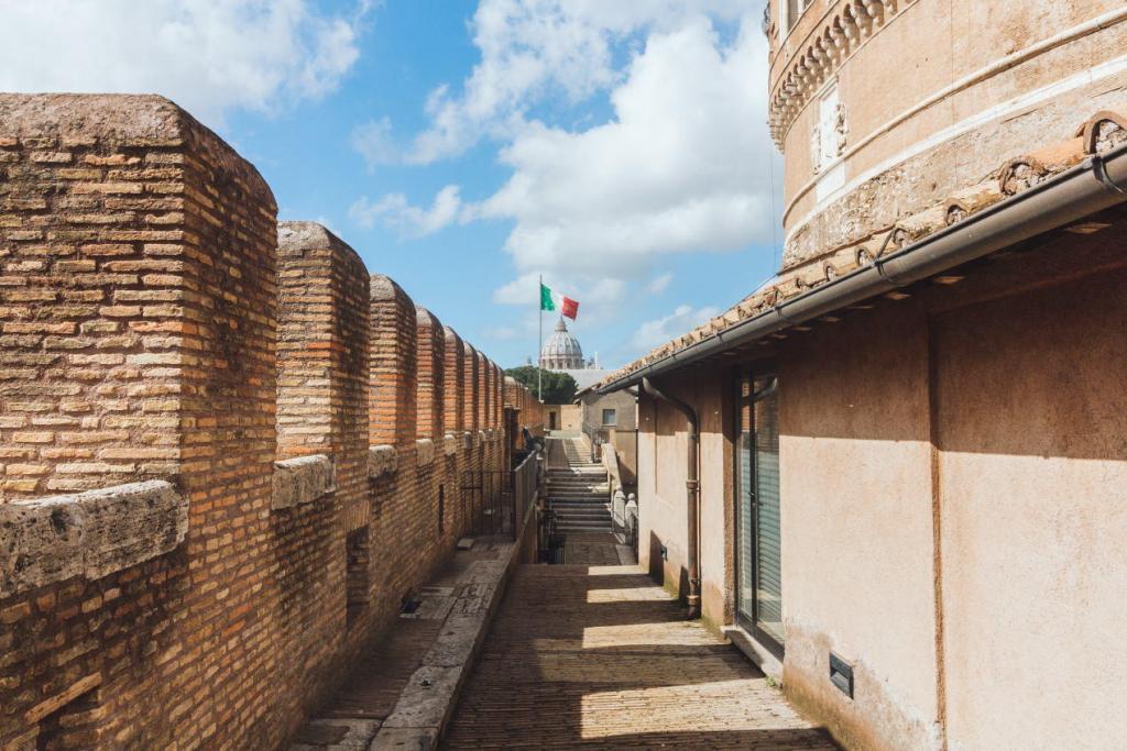 Sant'Angelo Kalesi'nin İçi (3)