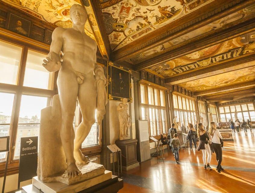 Uffizi'deki muhteşem heykeller