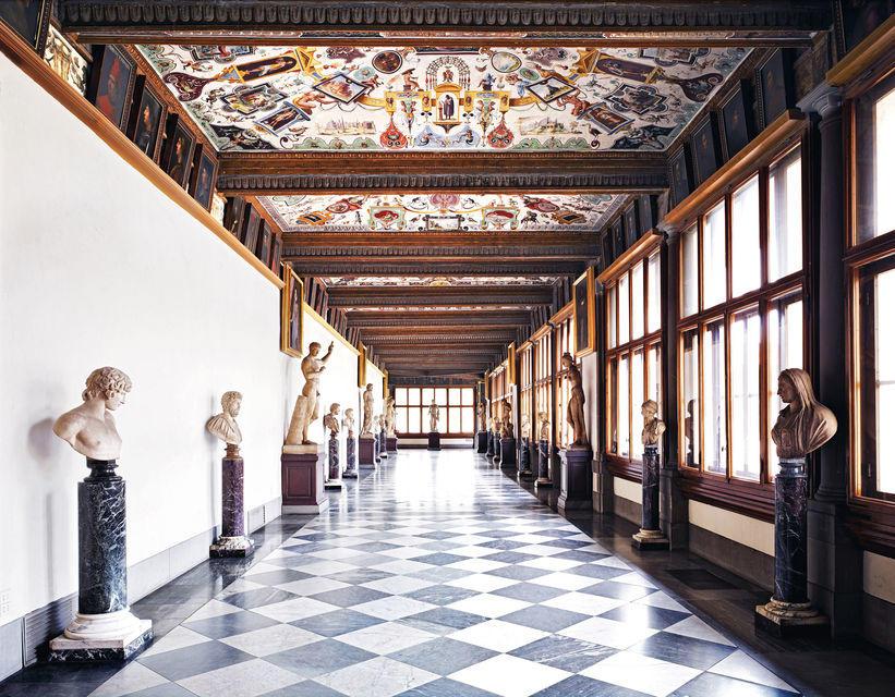 Uffizi Galerisi Koridorları