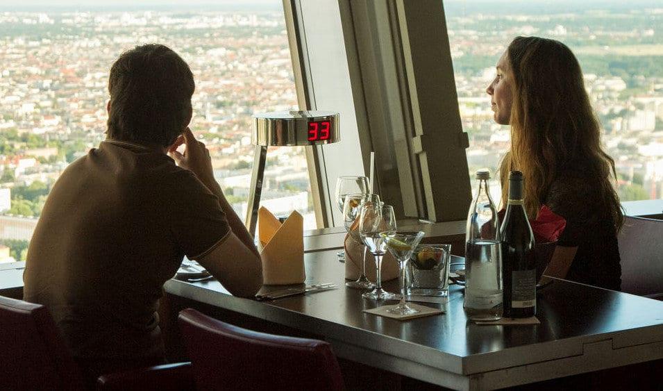 Berlin Tv Kulesi: The Sphere Restoranı