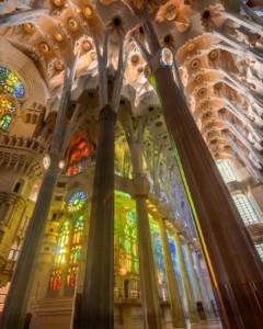 Sagrada Familia'nın muhteşem Vitrayları
