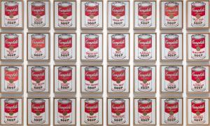 Andy Warhol'un Campbell Çorbası Kutuları eseri MoMa'da sergidedir.