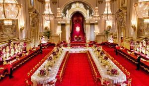 Buckingham Sarayı Balo Salonu