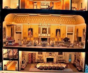 Kraliçe Mary'nin Bebek Evi - Windsor Sarayı