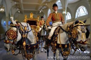 Kraliyet Ahırları - Buckingham Sarayı Bilet Türleri