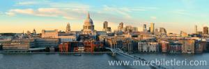 Londra St. Paul Katedrali ve Londra Silueti