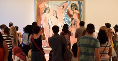 New York Modern Sanatlar Müzesi (MoMa) Pablo Picasso Les Demoiselles D'Avignon.