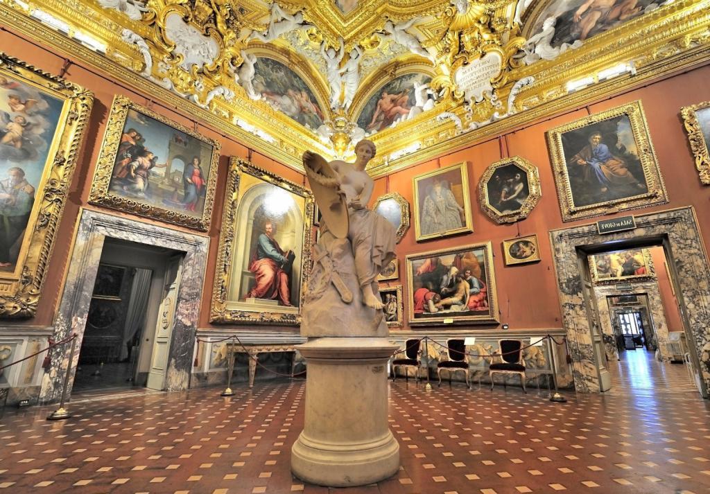 Pitti Sarayı ve Palatine Galerisi