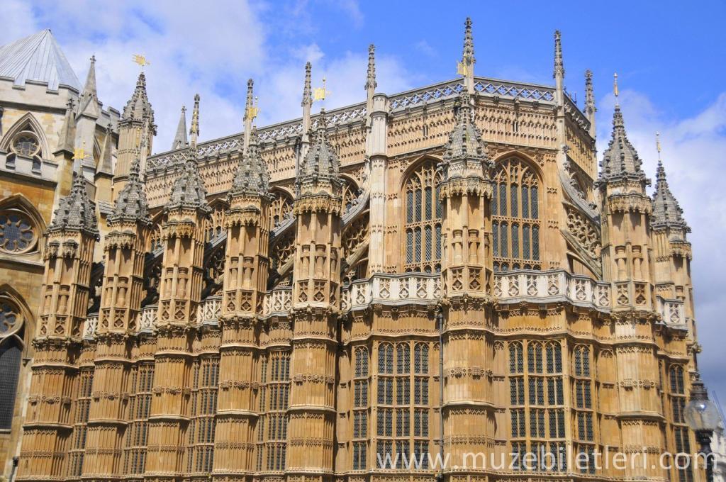 Westminster Abbey - Dış cepheden muhteşem detaylar.