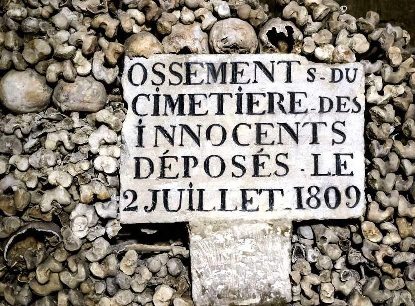 Paris'in Yeraltı Mezarları - Catacombes de Paris