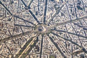 Paris Zafer Takı'nın havadan görünümü