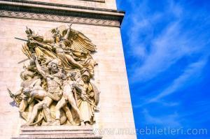 Paris Zafer Takı'nın kabartmalarından detaylar