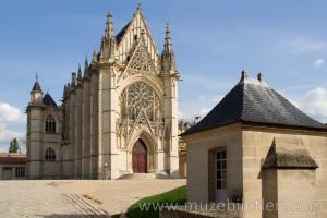 Sainte Şapeli'nin dışardan görünümü