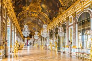 The Hall of Mirrors (Cam Salonu) - Versay Sarayı.